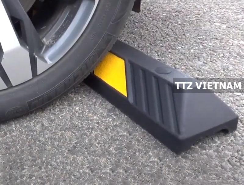 Ứng dụng của chặn lùi bánh xe