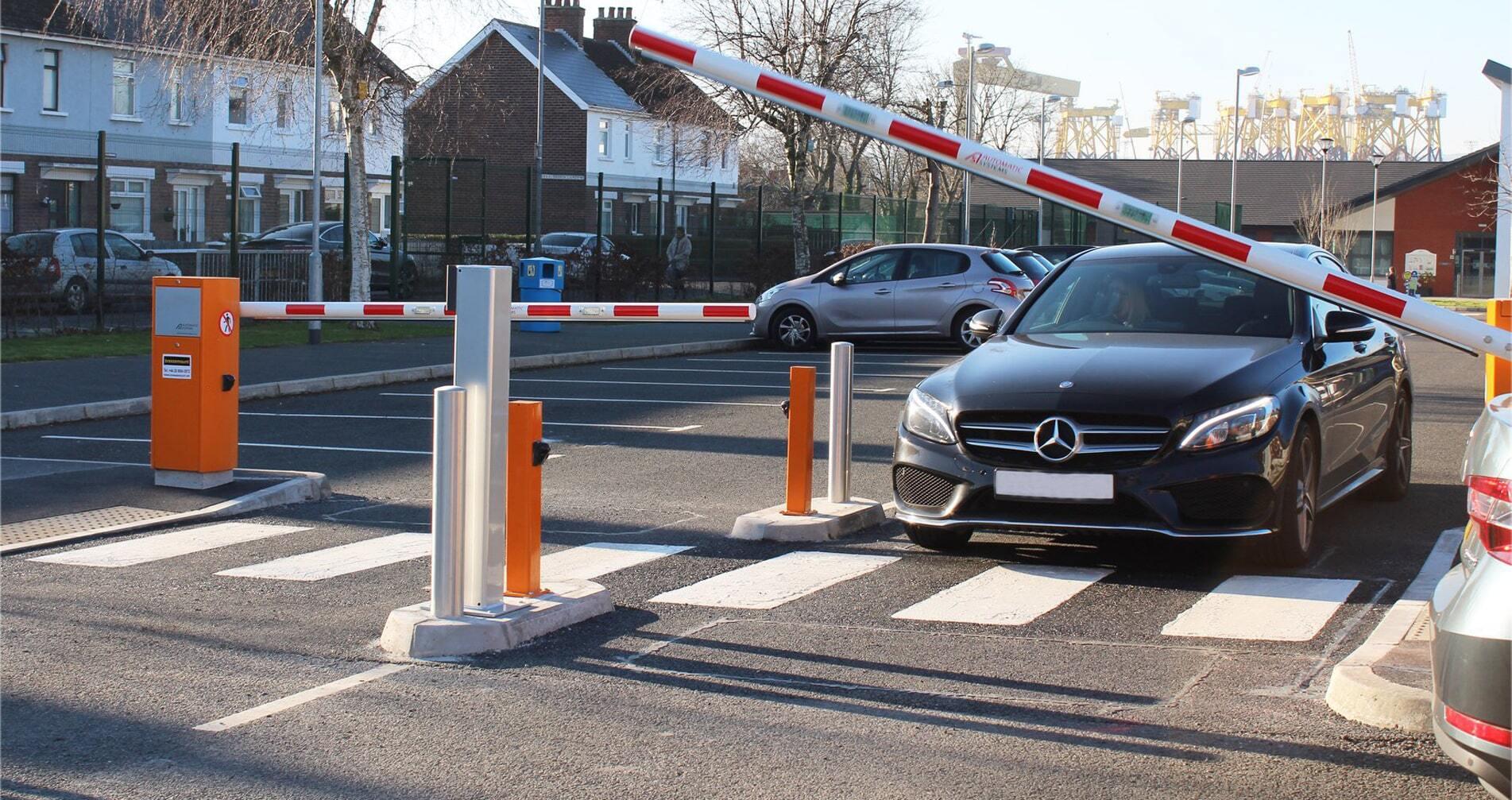 Hệ thống kiểm soát xe thông minh T-Parking